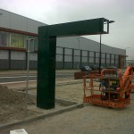Subway drive thru paal tijdens montage